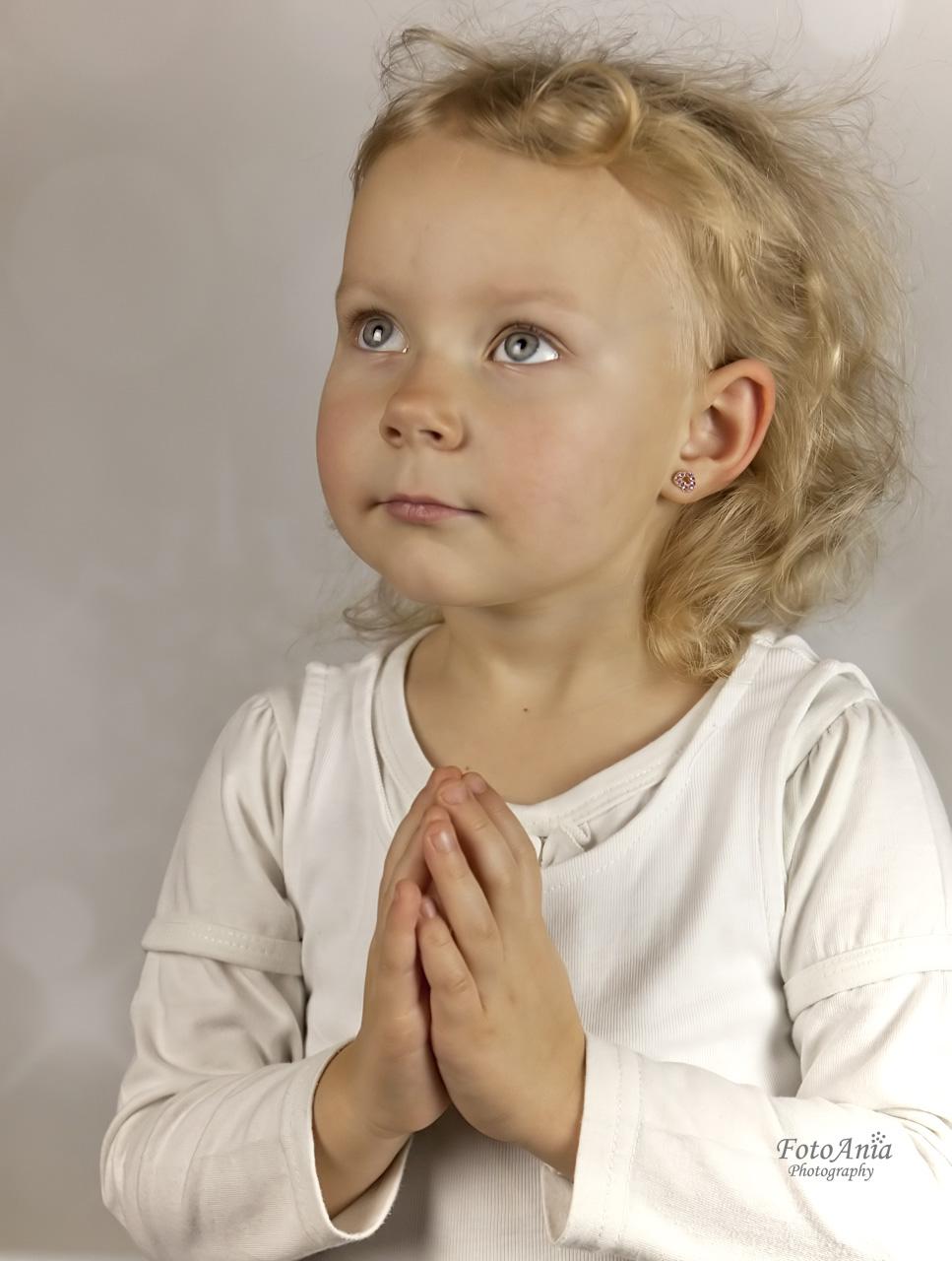 aniolek-modlitwa